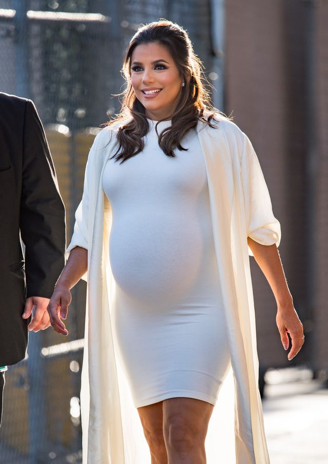Eva Longoria wygląda, jakby miała urodzić bliźnięta (ZDJĘCIA)