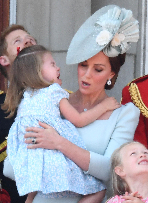 Księżna Camilla chciała skłócić Williama i Kate. Posunęła się za daleko!
