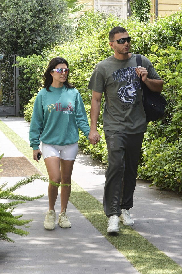 W związku Kourtney Kardashian i Younesa zaczyna się robić NUDNO