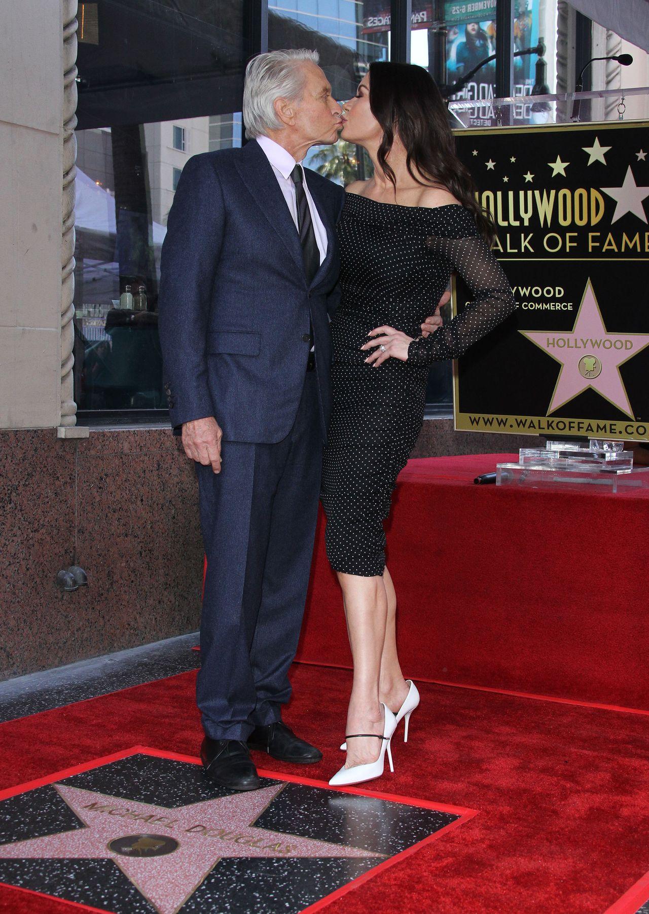 Catherine Zeta-Jones jak wino! Aktorka u boku męża, Michaela Douglasa
