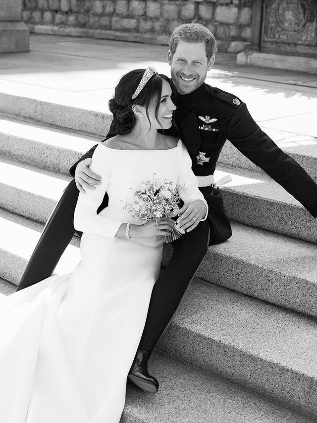 WPADKA na ślubnym zdjęciu Meghan i Harry'ego