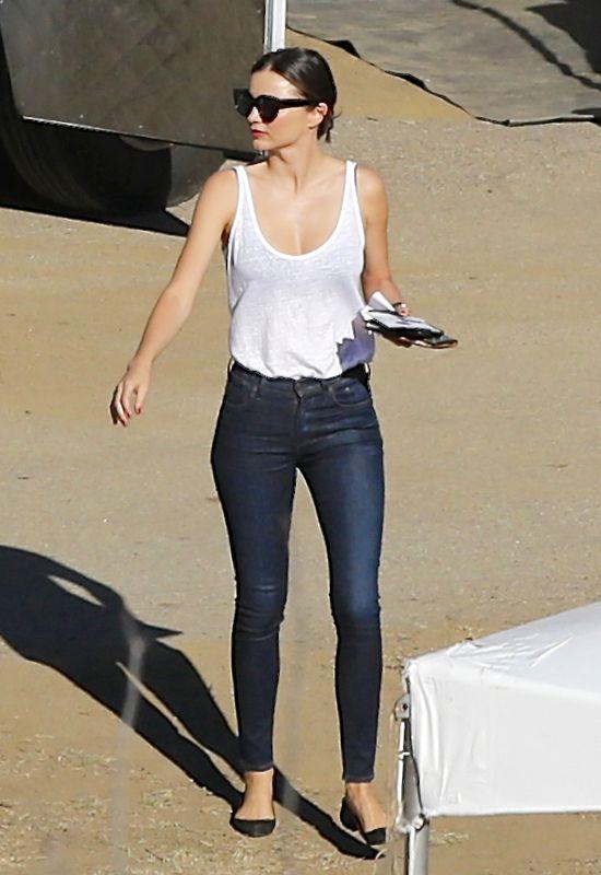 Kiedy Miranda Kerr nie wie, że jest śledzona (FOTO)