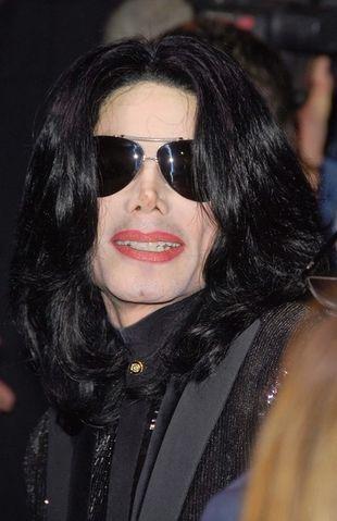 Michael Jackson chce chóru podczas występów