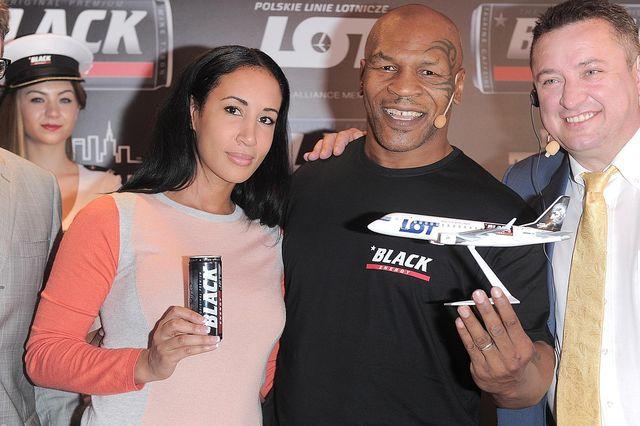 Mike Tyson z żoną Kiki w Polsce (FOTO)