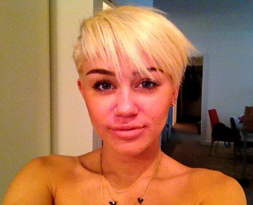 Miley Cyrus tłumaczy się z włosów (FOTO)