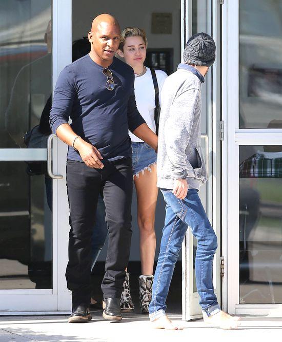 Miley Cyrus i Kellan Lutz sp�dzili razem dzie� na Bahamach!