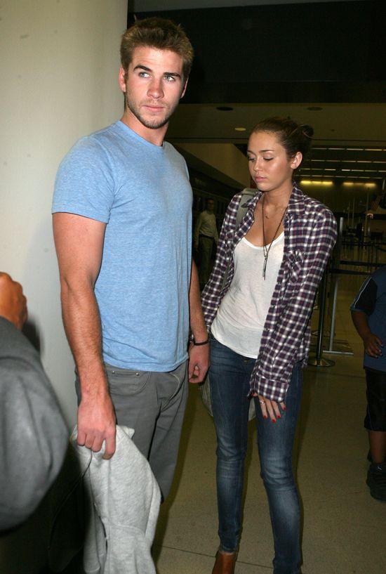 Liam Hemsworth: Nie jestem zaręczony!