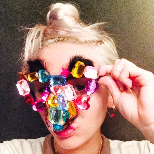 Miley Cyrus zmienia zawód? (FOTO)