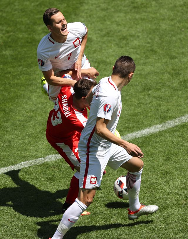 Polscy piłkarze rozchwytywani! Kto kupił Milia?