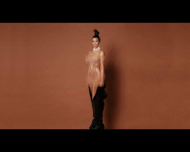Nicki Minaj nabija si� z Kim Kardashian [VIDEO]