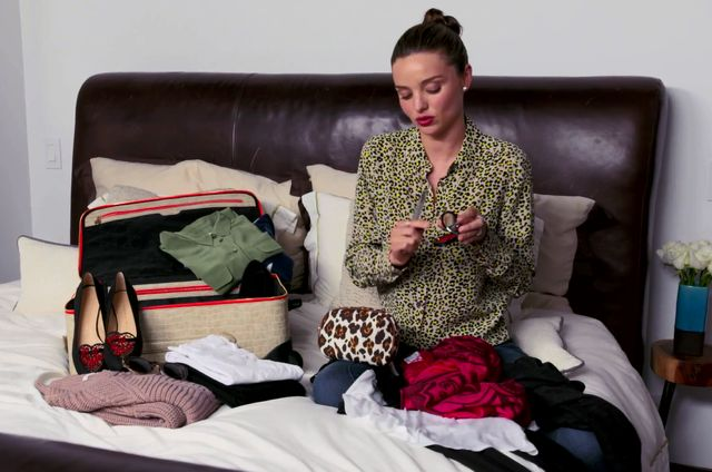 Pani Miranda Kerr w podr�y (VIDEO)