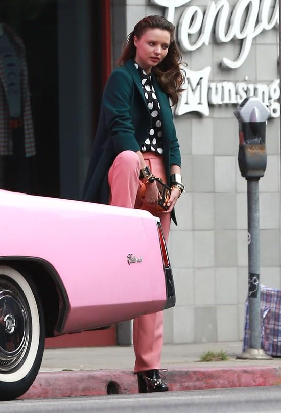 Szok! Miranda Kerr pierwszy raz wygl�da �LE! (FOTO)