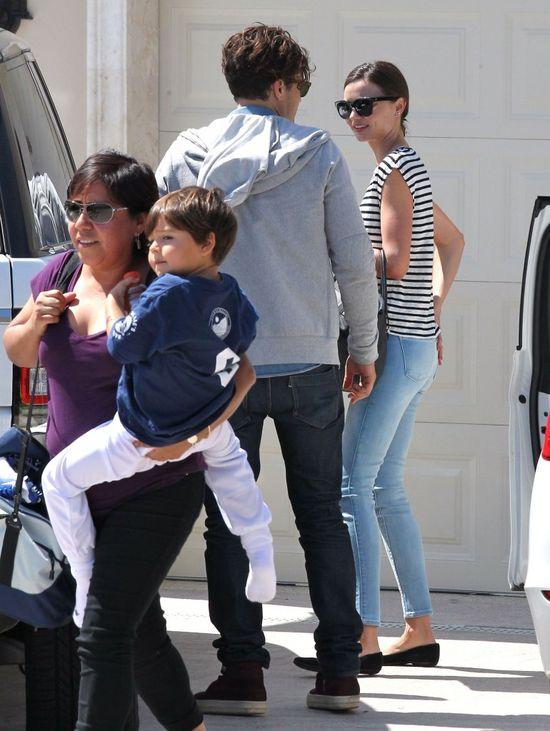 Bloom, Kerr, Flynn i niania - szczęśliwa rodzinka (FOTO)