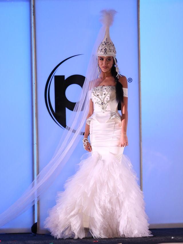 Polska wypadła blado na pokazie kostiumów narodowych Miss Universe? (ZDJĘCIA)