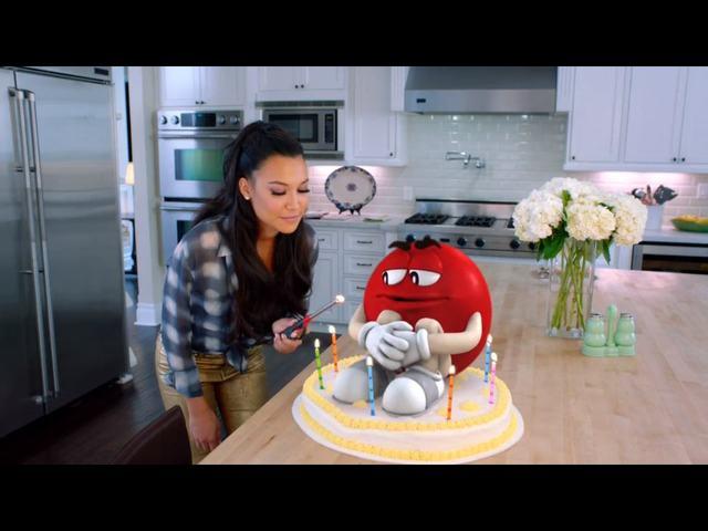 Naya Rivera w reklamie M&M'S [VIDEO]