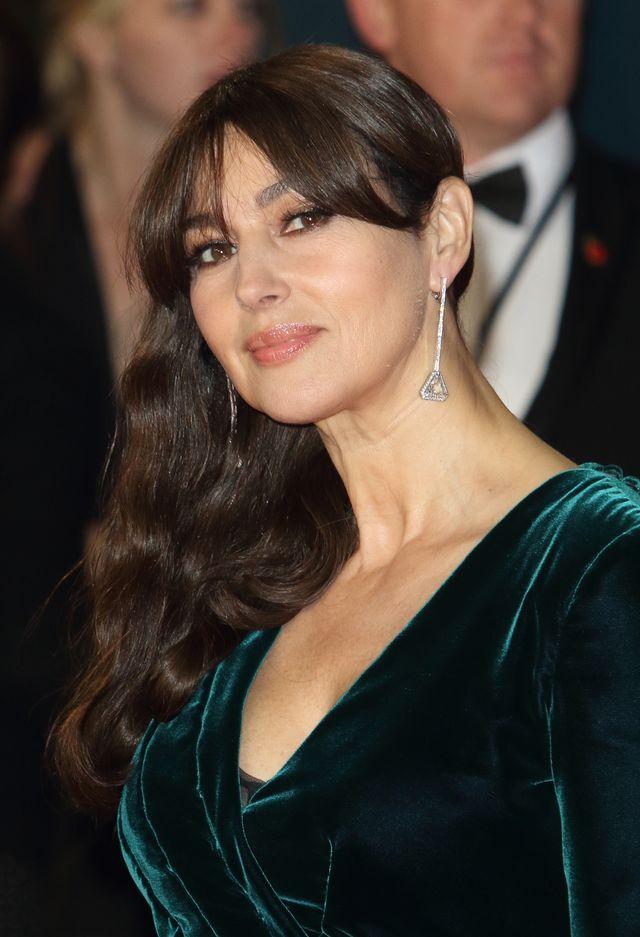 52-letnia Monica Bellucci TOPLESS w erotycznej scenie