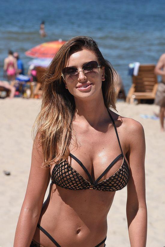 Tymczasem w Międzyzdrojach... Monika Pietrasińska na plaży