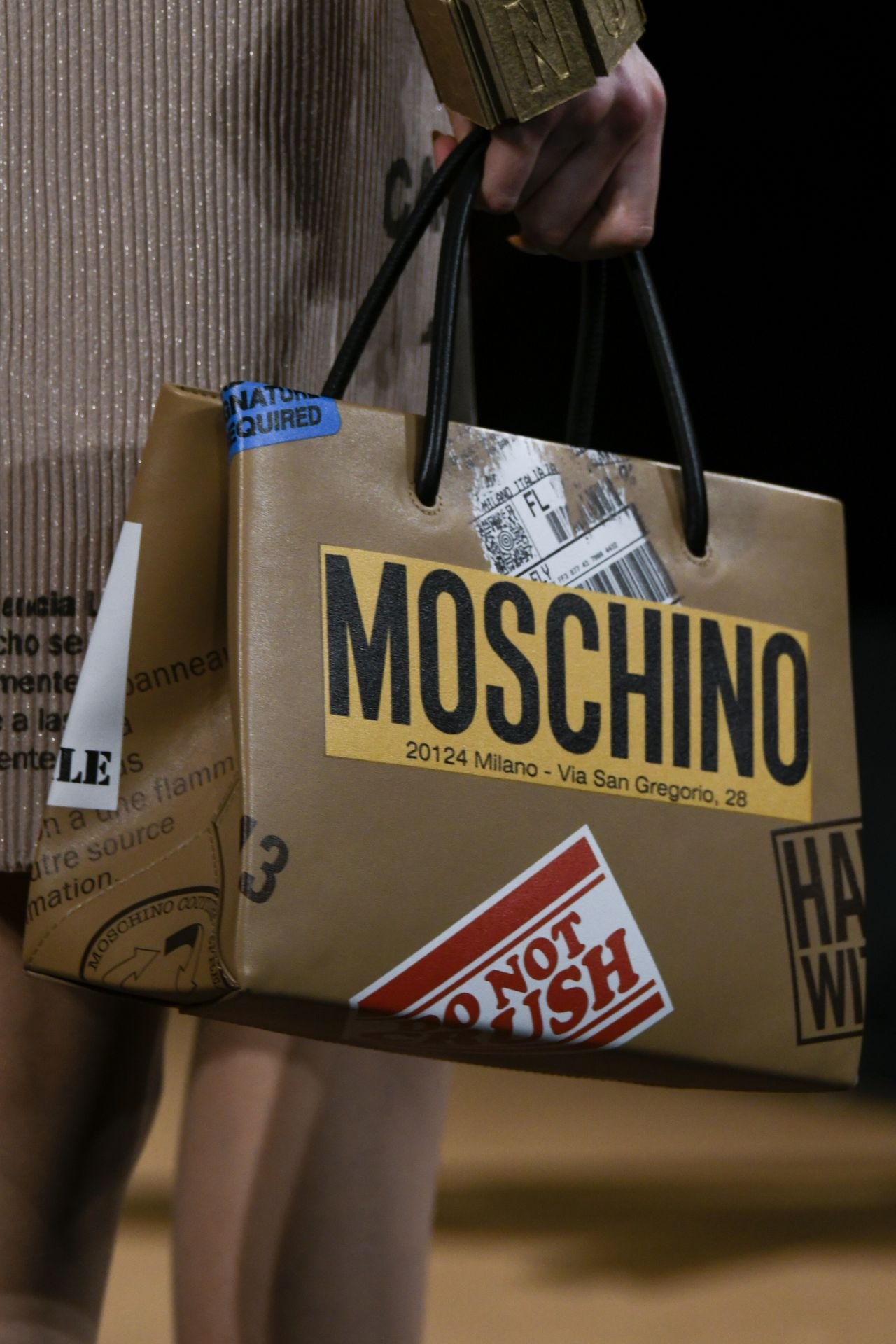 W salonie Moschino wymyślono przezwisko dla niezbyt bogatych klientów