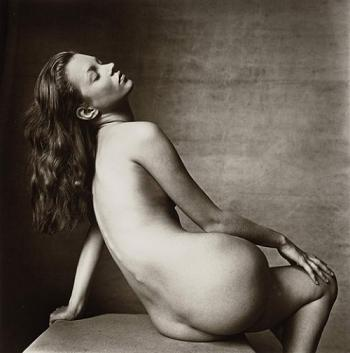 Naga Kate Moss za 97 tysięcy