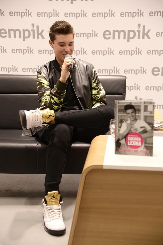 Syn Justyny Steczkowskiej, Leon Myszkowski, promuje swoją książkę