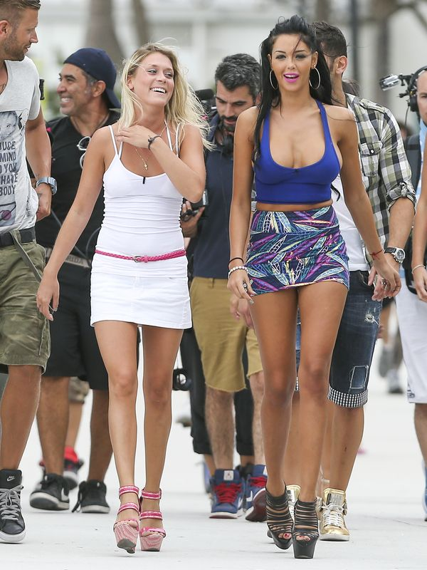 Nabilla Benattia - Francuzka podbija Miami (FOTO)