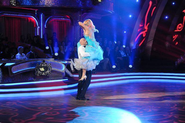 Wiemy już, kto odpadł po 1. odcinku Tańca z gwiazdami (FOTO)