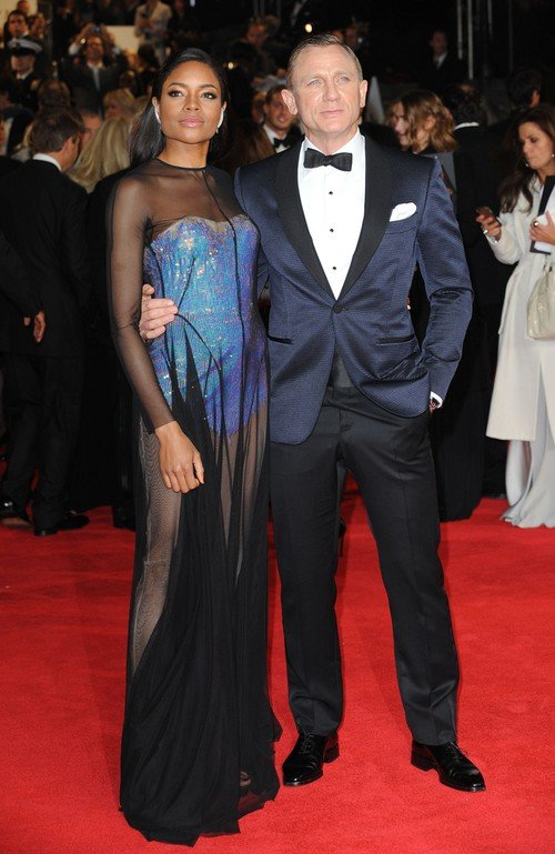 Nowa dziewczyna Bonda na czerwonyhc dywanach (FOTO)