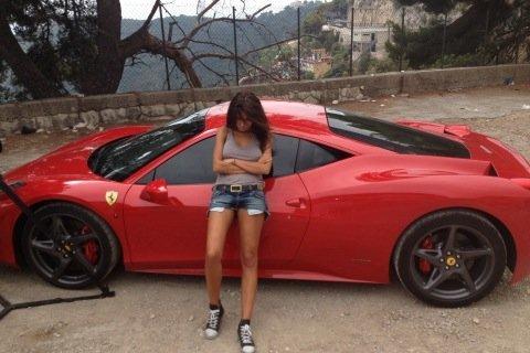 Natalia Siwiec kocha szybkie samochody (FOTO)