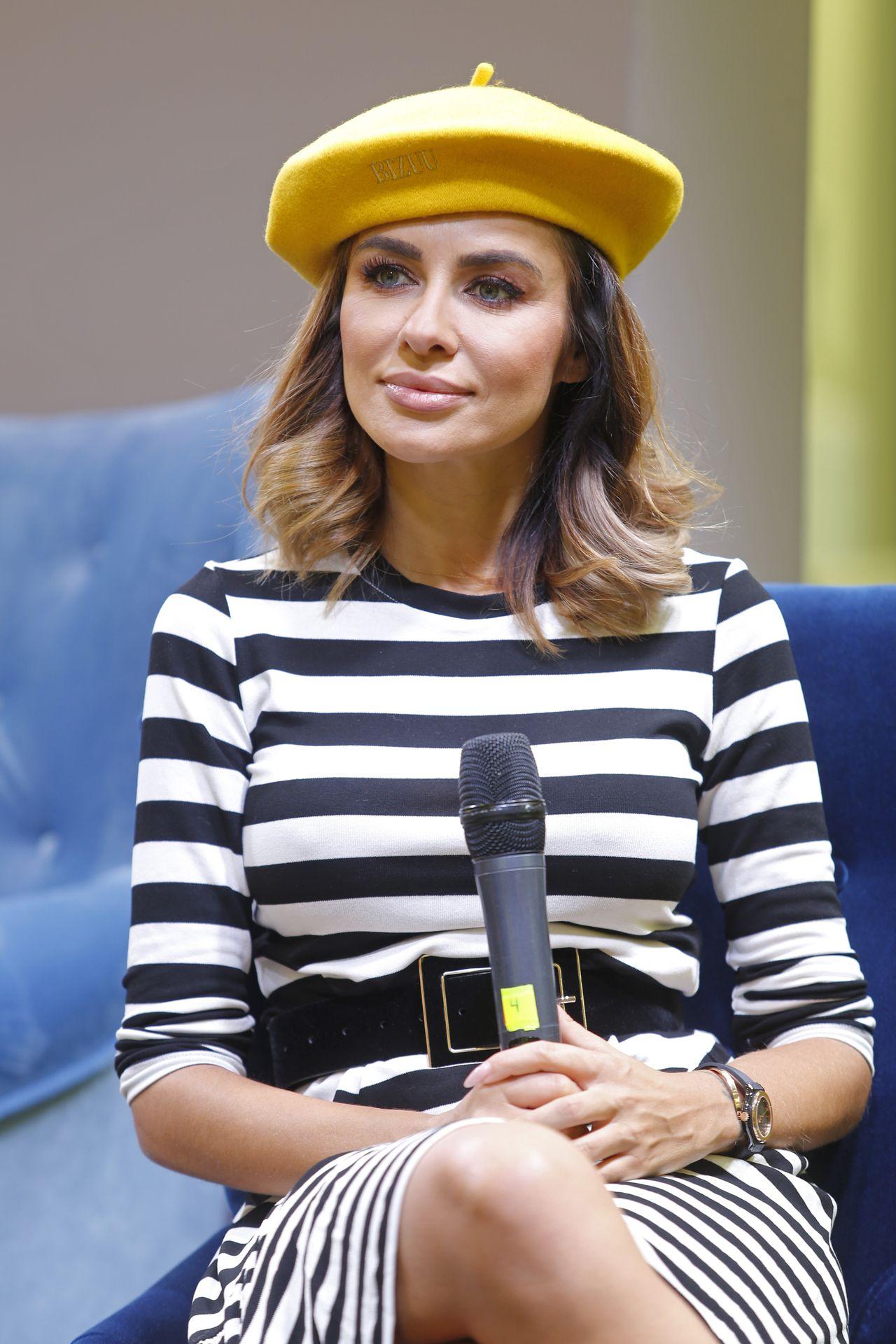 Natalia Siwiec w żółtym berecie i białych kozaczkach (ZDJĘCIA)