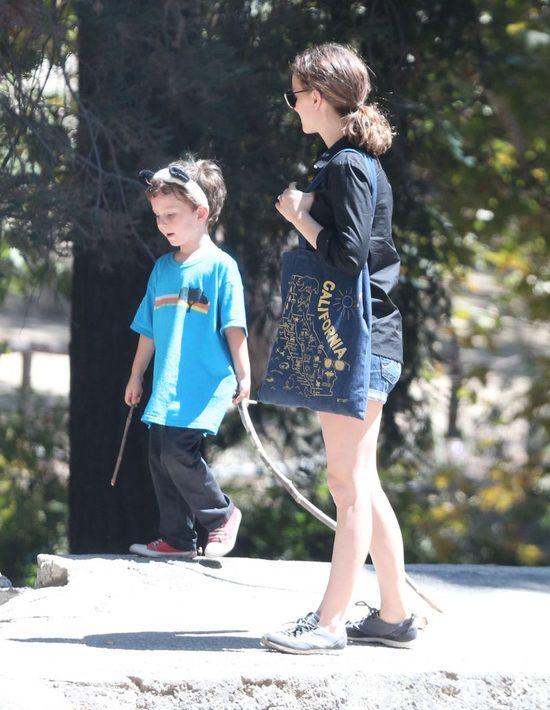 Natalie Portman wciąż ma figurę nastolatki (FOTO)