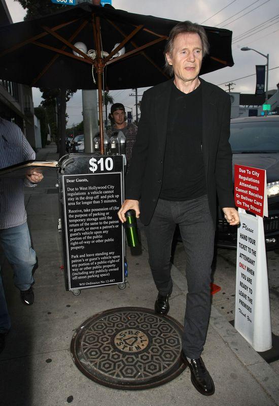 Kim jest tajemnicza kochanka Liama Neesona?