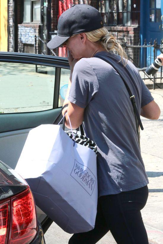 Nicki Hilton po ślubie ma pełne ręce roboty (FOTO)