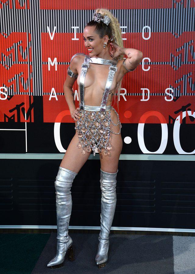 Nicki Minaj nazwała Miley Cyrus... s*ką