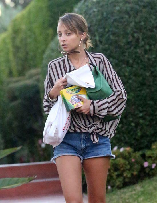 Nicole Richie bez makija�u wygl�da jak nastolatka (FOTO)