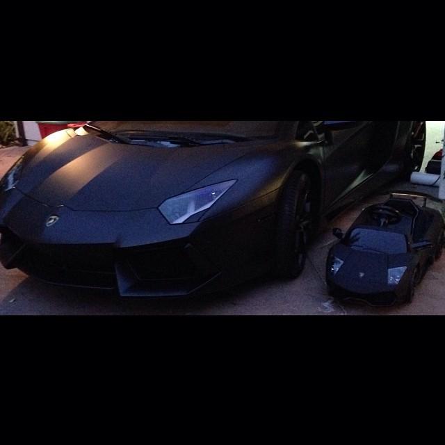 Nori West ma ju� swoje miniaturowe Lamborghini (FOTO)