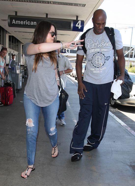 Khloe Kardashian i Lamar Odom okradli fundację...
