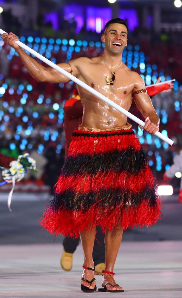 Topless na mrozie - sportowiec z Tongi  gwiazdą Olimpiady w Pjongczang