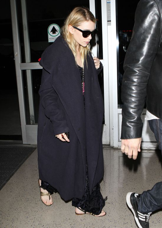 Ashley Olsen w za du�ym p�aszczu