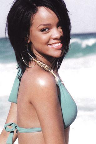 Plażowy styl Rihanny