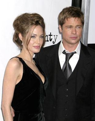 Angelina chlusnęła Bradowi winem w twarz
