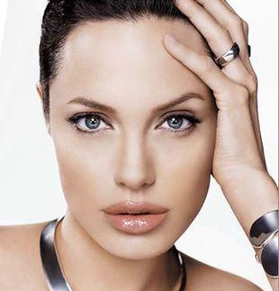 Całe 44 kg Angeliny Jolie (FOTO)