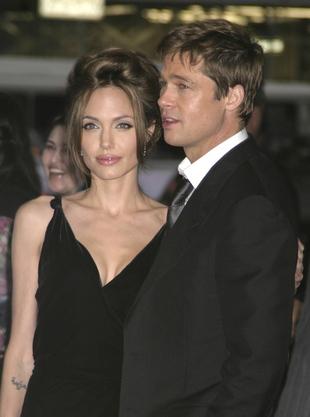 Angelina Jolie rzuciła dziewczynki