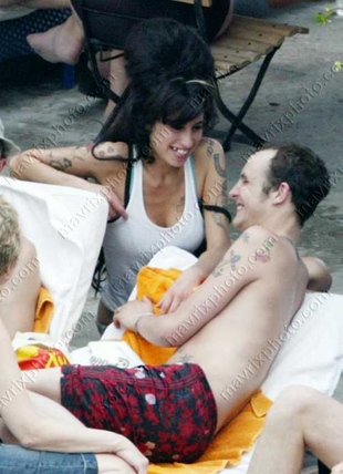 Winehouse z mężem leczą się wspólnie
