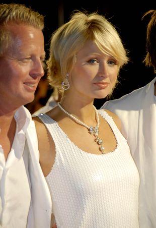Paris Hilton w bieli (FOTO)