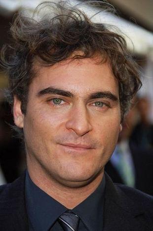 Joaquin Phoenix starzeje się? (FOTO)