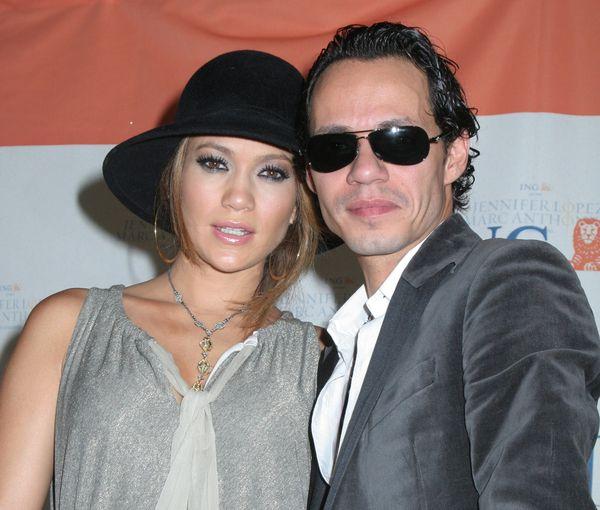 Jennifer Lopez w coraz szerszych strojach (FOTO)