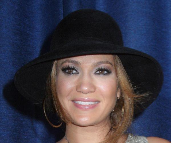 Jennifer Lopez twierdzi, że nie jest w ciąży