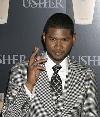 Usher wyznacza męskie trendy (FOTO)