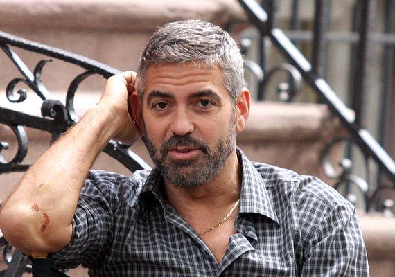 George Clooney to przystojny diabeł (FOTO)