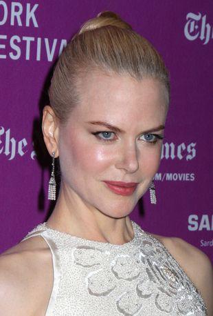 Nicole Kidman nie ma czasu na fryzjera (FOTO)